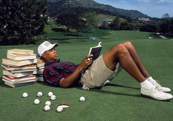 Tiger-Woods-Reading